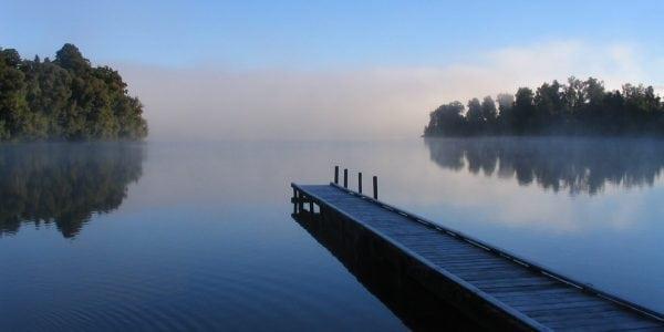 Lake_mapourika_NZ-cropped